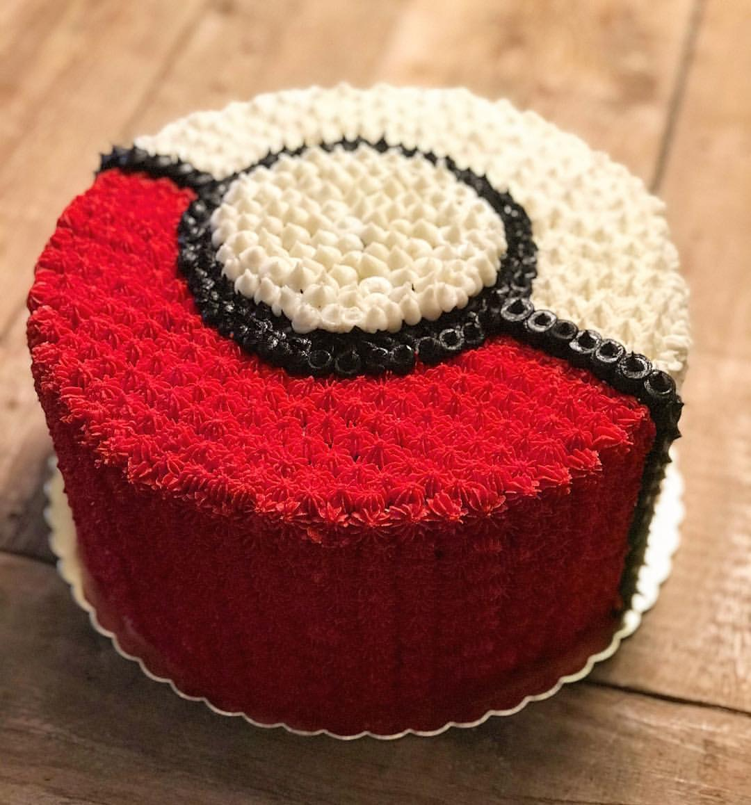 Custom-pokemon-cake