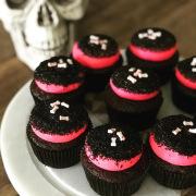 custom-halloween-cupcakes