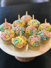 custom-unicorn-cupcake